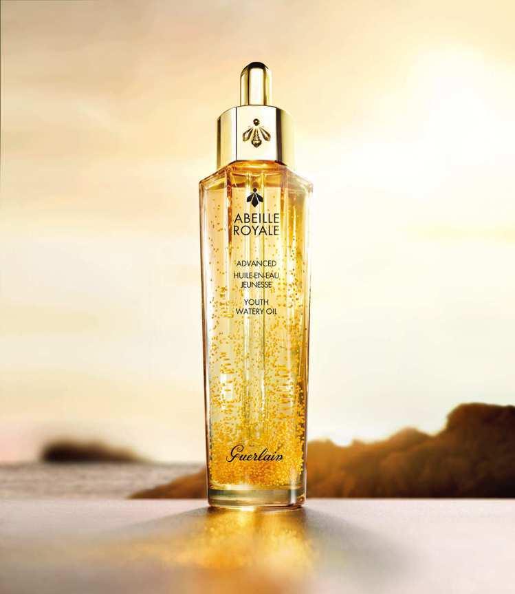 嬌蘭皇家蜂王乳平衡油3G/50ml/5,300元。圖/嬌蘭提供