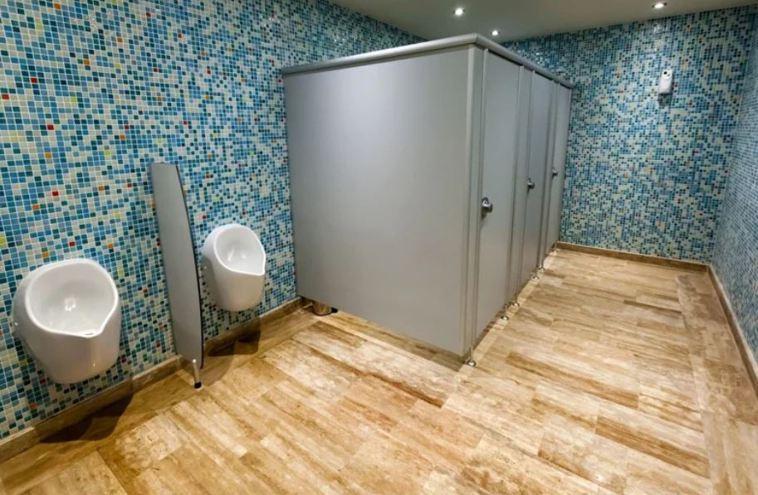 外國研究指出,「公共廁所」可能是新冠肺炎的重要傳染途徑;國內專家認為不必過度擔心...