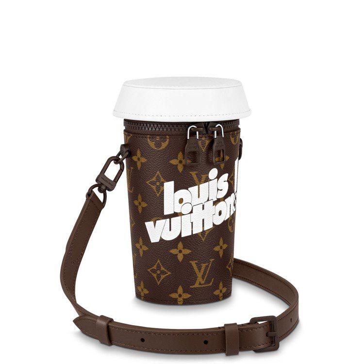 咖啡杯造型包,74,000元。圖/路易威登提供
