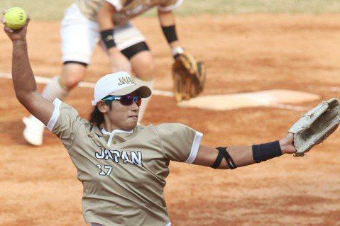 即將迎接39歲的日本女壘投手上野由岐子再度披掛上陣。 圖/陳正興攝影