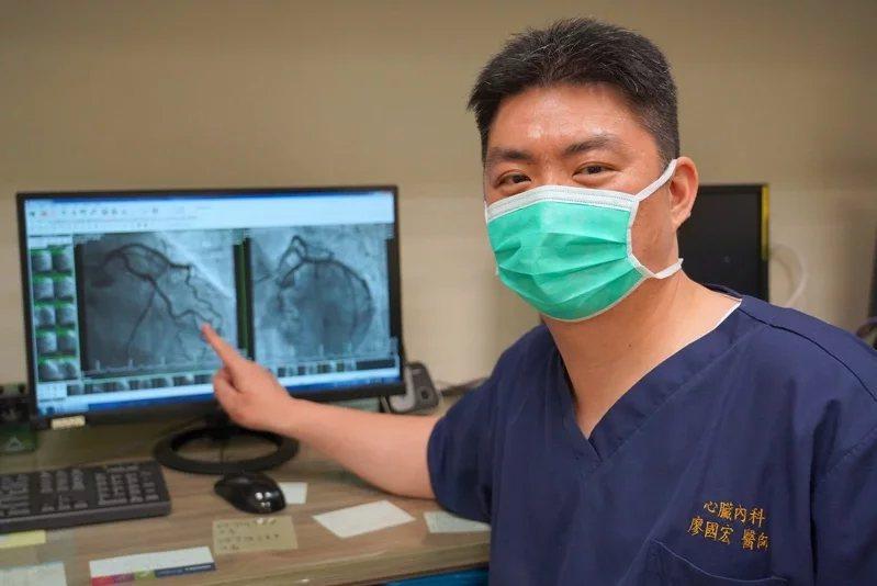 廖國宏醫師發現有的病友把心血管疾症狀引發的病灶當成感冒,沒有馬上就醫相當危險。...