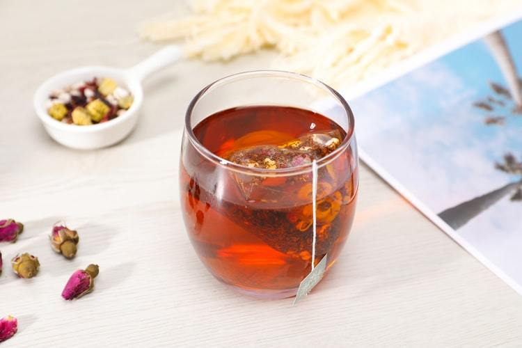 茶品口感越醇厚,香氣由草青香轉換成甘甜香或果香也越明顯 圖/unsplash