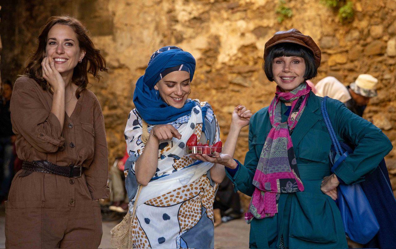 希維亞(左1)飾演艾娃的好友瑪爾,她表示:「希望透過我所演出的這個角色,讓更多在...