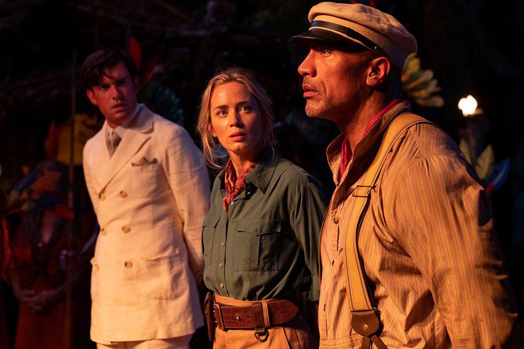 ▲艾蜜莉布朗飾演一位端莊卻俏皮的女科學家,兩大巨星互動超有火花。 (圖/華特迪士...