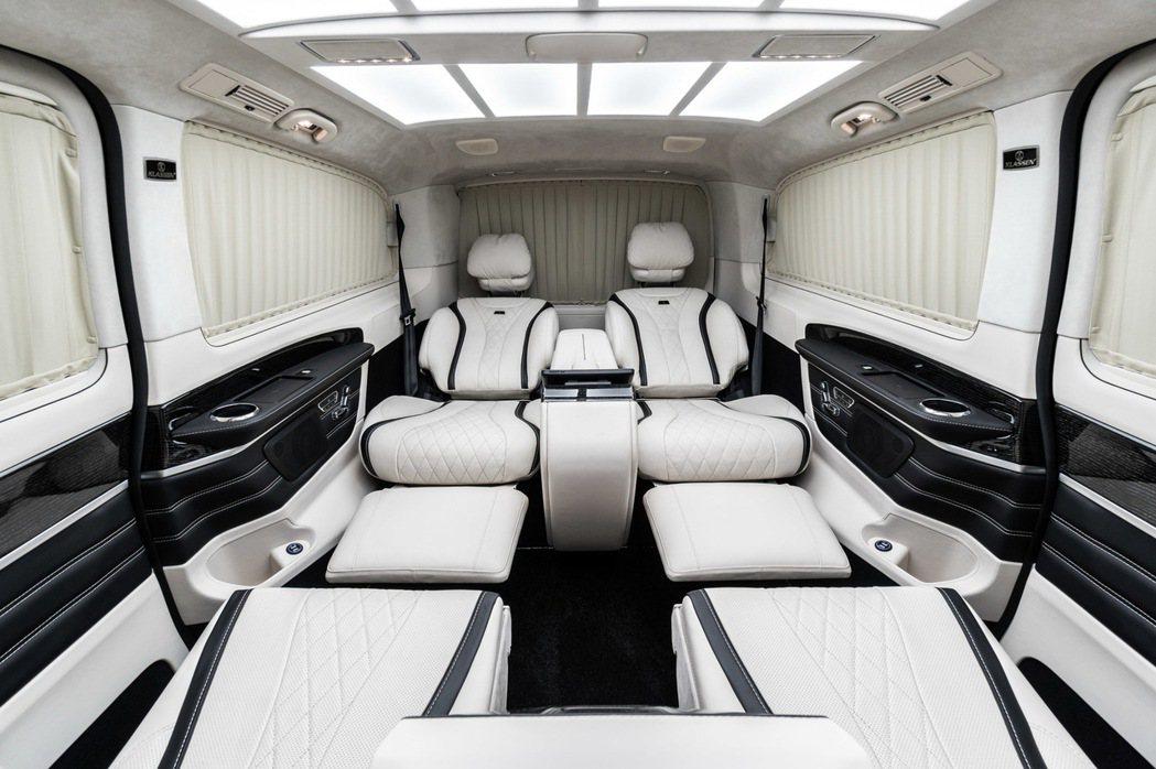 賓士V-Class擁有5370×1928×1900mm卓越的車身尺碼以及達343...