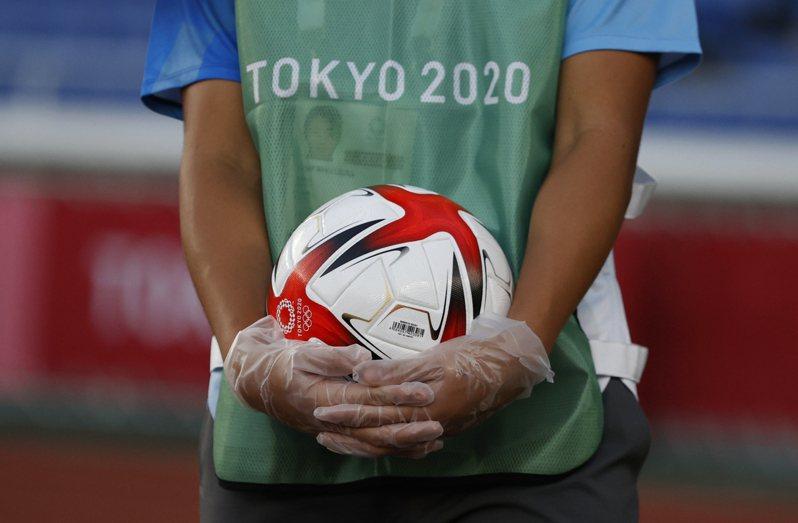 奧運足球南非對日本正常舉行。 路透