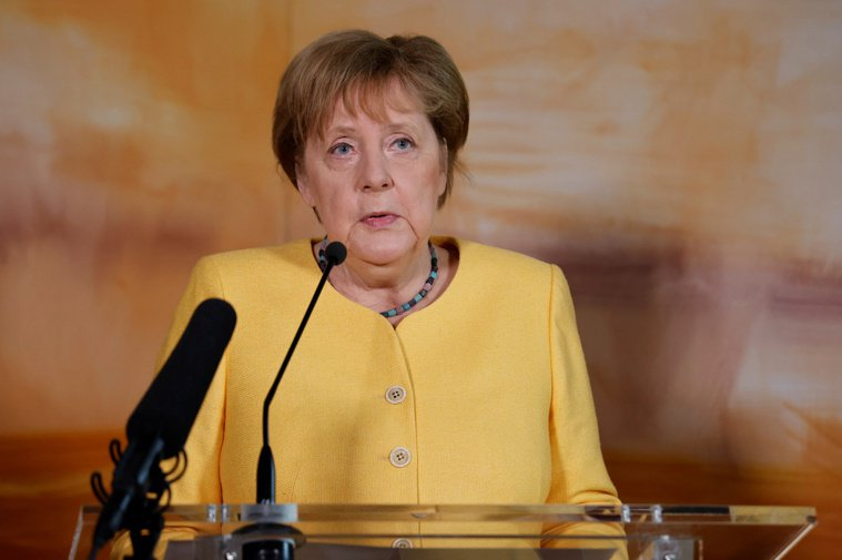 德國總理梅克爾今天表示,境內COVID-19(2019冠狀病毒疾病)新增感染人數...