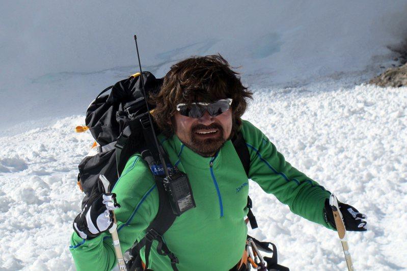 南韓「無指登山家」金洪彬攻頂布洛阿特峰後,於下山途中墜入冰隙失蹤,目前生死未卜。歐新社