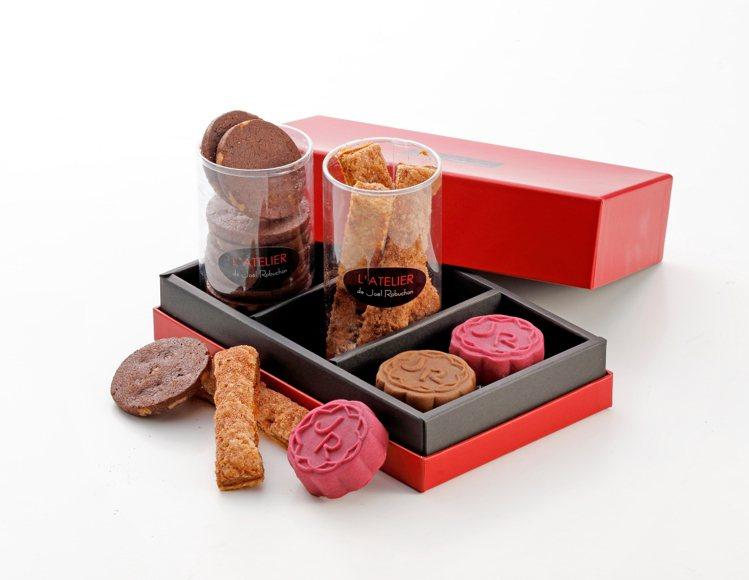 法式藏月禮盒900元。圖/侯布雄法式茶點沙龍提供。