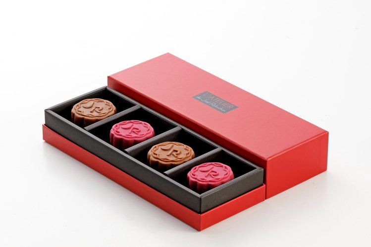 經典邀月禮盒680元。圖/侯布雄法式茶點沙龍提供。