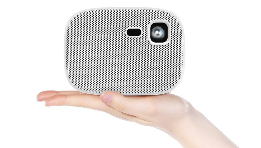 OVO掌上型無框電視U5智慧投影機,遠傳friDay購物優惠價14,980元。圖...