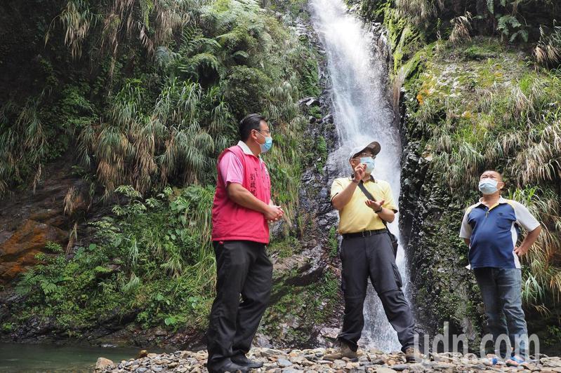 水道頭瀑布是魚池鄉民重要的飲用水源頭,居民發現三級警戒期間,有人跑到當地露營。記者黑中亮/攝影