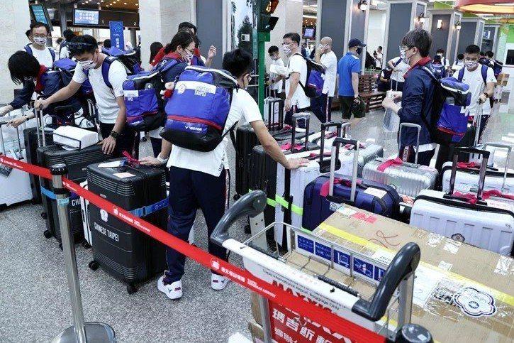 我國東奧代表團19日搭機前往日本。圖╱聯合報系資料照片