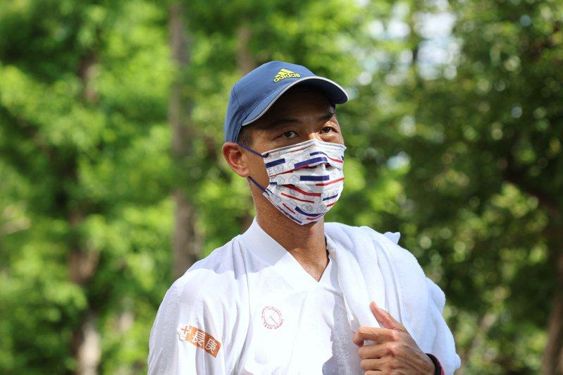 奧運「五朝元老」盧彥勳說,東京的氣候狀況對許多選手「都是挑戰」。 特派記者余承翰/攝影
