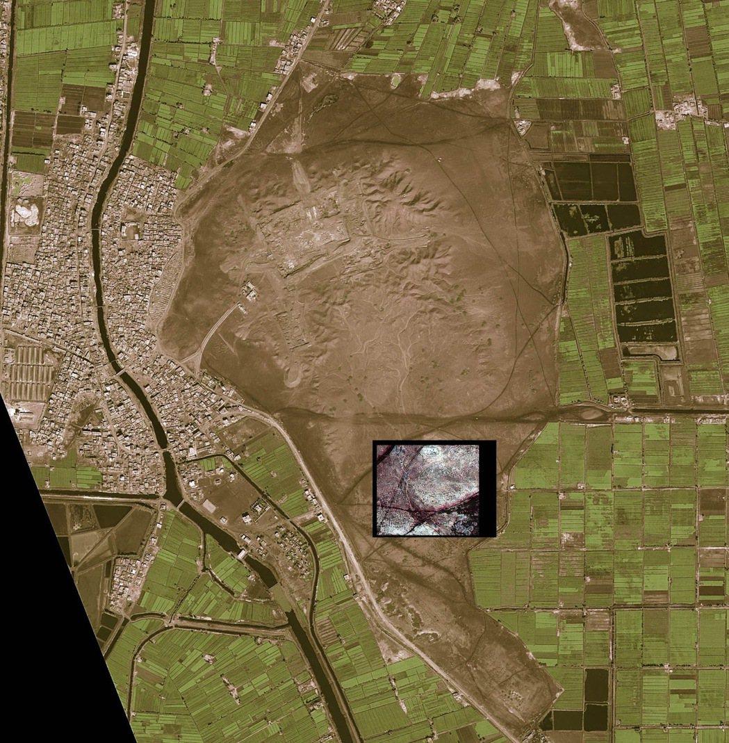 圖為2011年5月,這幅 NASA提供的衛星影像,顯示了被掩埋的埃及古城中的街道...