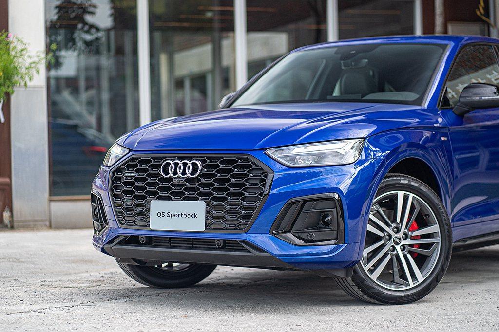Audi Q5 Sportback全車系均採搭載2.0L 45 TFSI汽油渦輪...