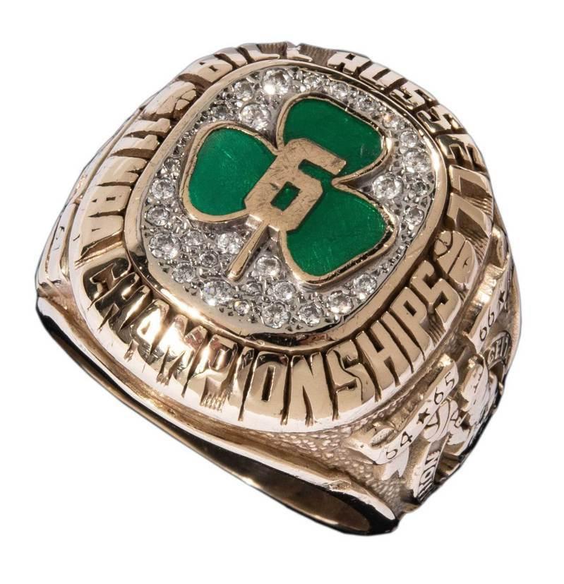 史上最多冠軍的傳奇羅素宣布將拍賣私人收藏,包含奪冠戒指。 美聯社