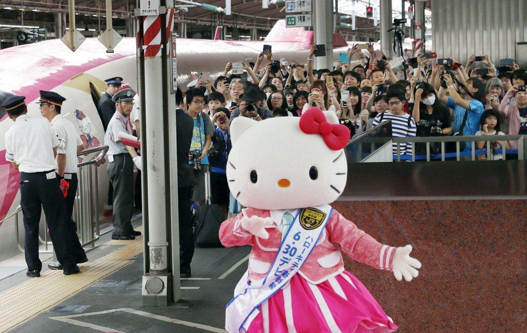 圖為2018年的Hello Kitty新幹線。 圖/美聯社