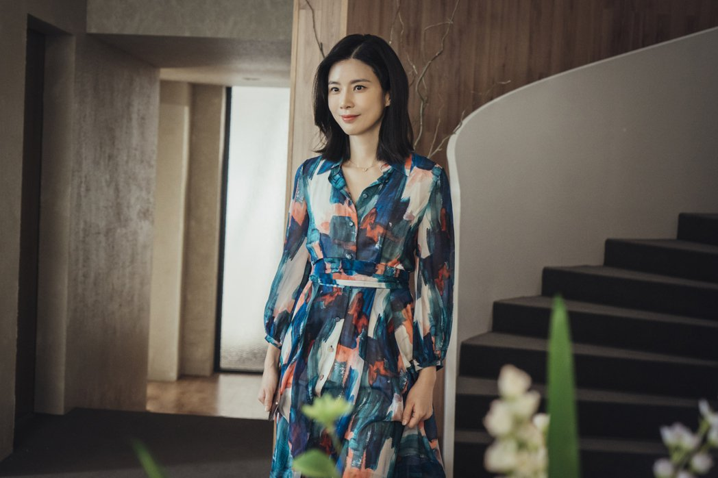 《我的上流世界》劇照,李寶英飾演徐熙秀。圖/NETFLIX提供