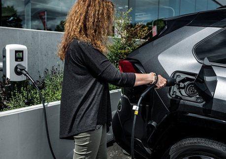 COVID-19疫情讓電動車更受歡迎?