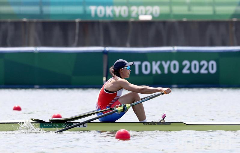 我國划船「甜姐兒」黃義婷,昨在女子單人雙槳預賽排分組第4,將在今天繼續拚複賽。 特派記者余承翰/東京攝影