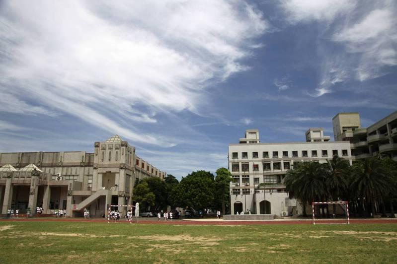 大學指考7月28日登場,新竹縣考場設於竹北高中。圖/縣府提供