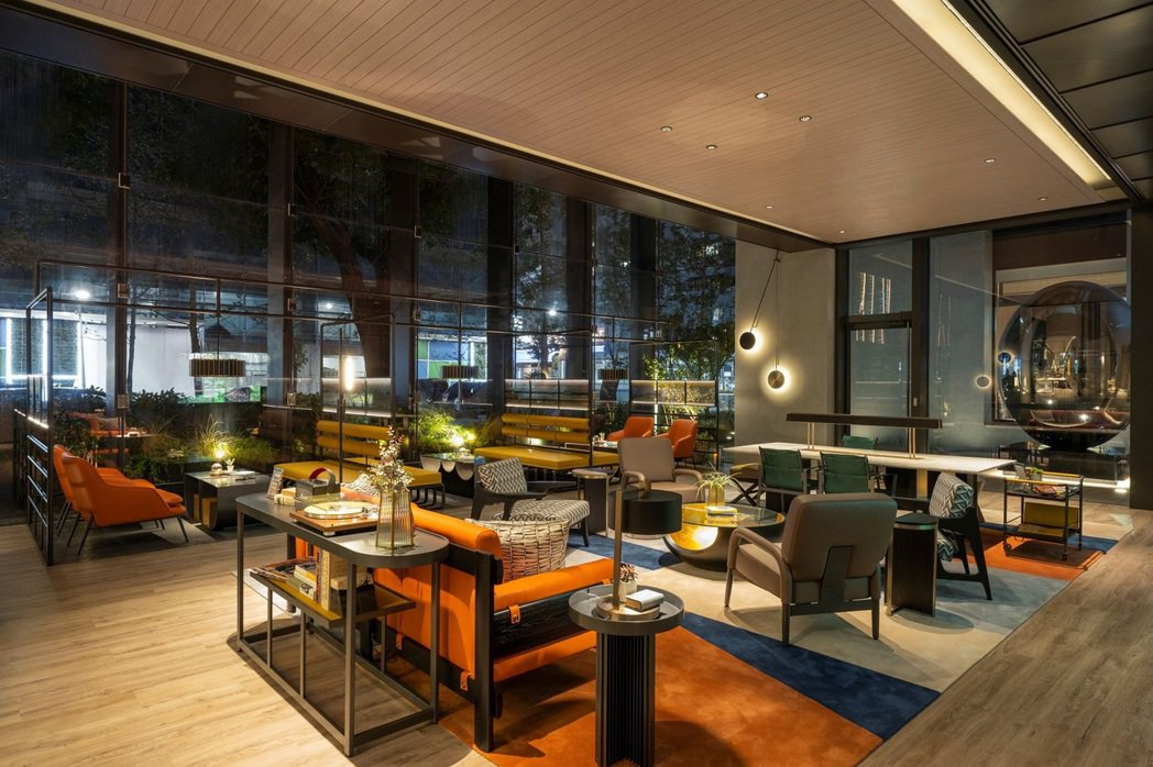 過去一個月流量成長幅度最高的飯店住宿券商品,全部都是位於都會區的人氣飯店,其中第...