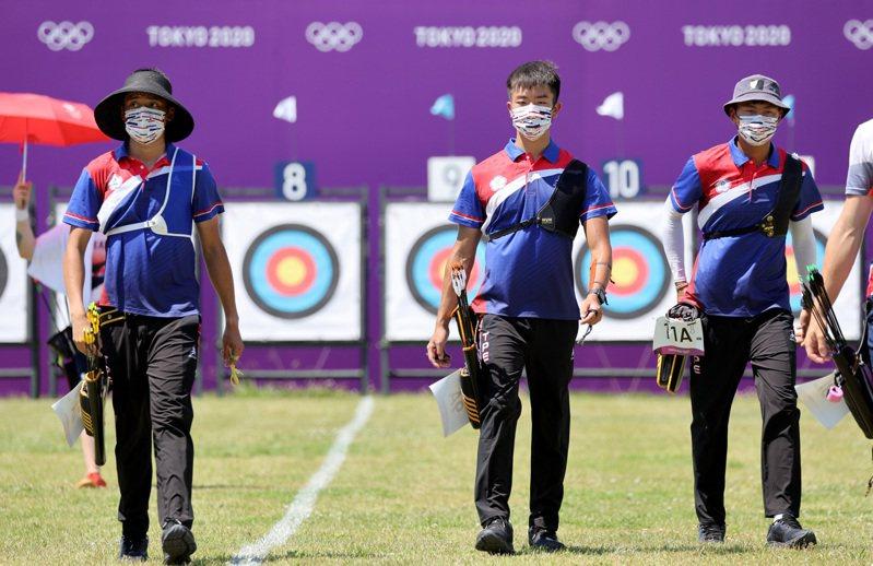 中華射箭男團今天在東京奧運首次出戰。特派記者余承翰/東京攝影