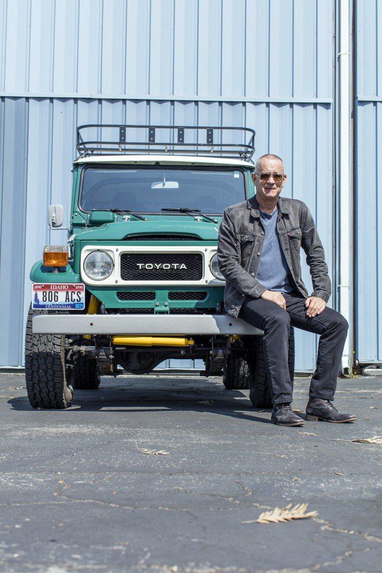 湯姆漢克斯及他將拍賣的訂製款1980 Toyota FJ40. Land Cru...