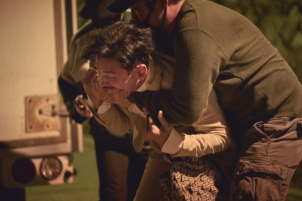 「綁架影帝黃晸珉」讓影帝黃晸珉演自己,連他自己都直呼有趣。圖/車庫提供
