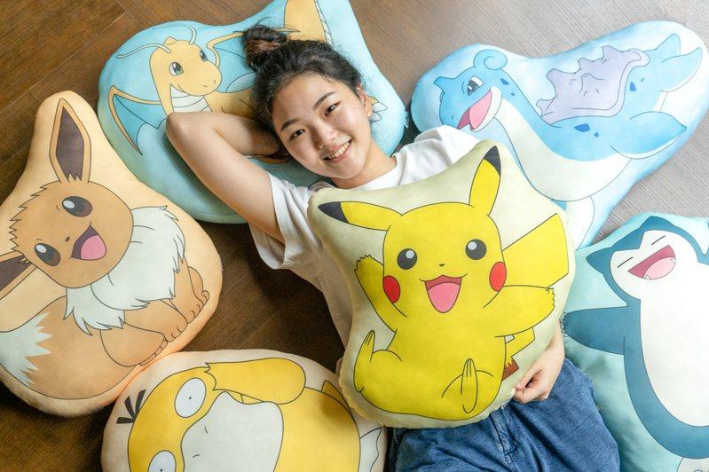 7月28日上午11點起7-ELEVEN全店同步推出「寶可夢涼感抱枕」ibon預購,共6款,每款售價299元。圖/7-ELEVEN提供