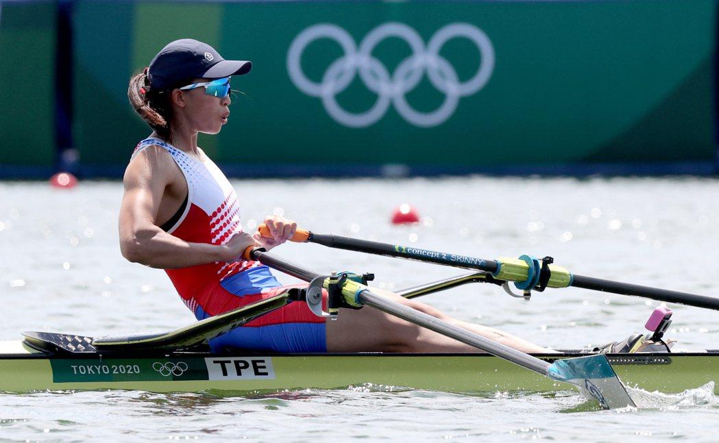 我國划船甜姐兒黃義婷在東京奧運划船單人雙槳復活賽中,最終以8分11秒56的分組第