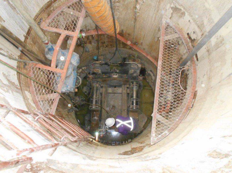 台南永康汙水下水道分支管竣工 將增6千戶接管減少汙染,圖為施工狀況。記者周宗禎/翻攝