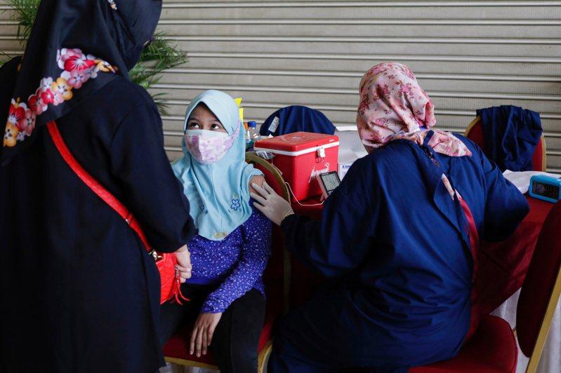 印尼疫情嚴峻。 路透社