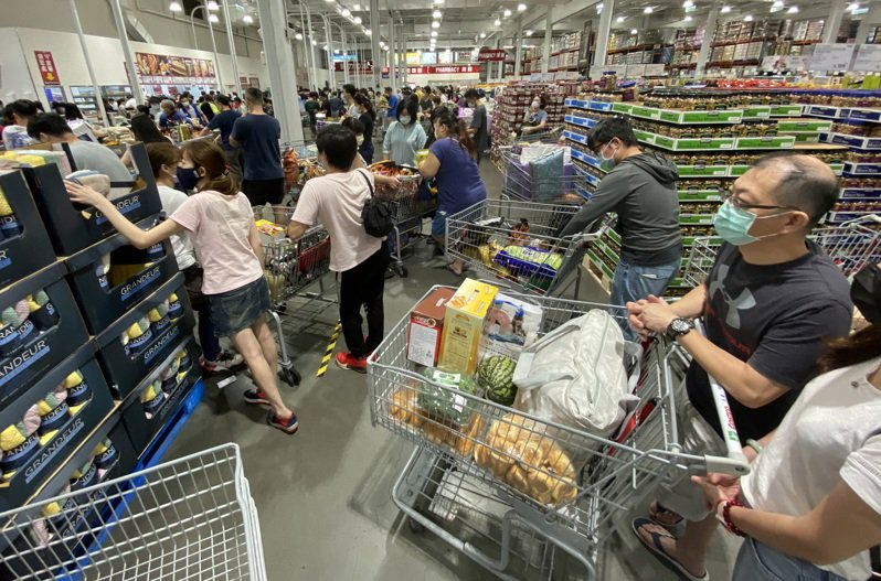 食安事件讓民眾健康意識也抬頭,也讓食品、通路業者引進「潔淨標示」。圖/聯合報系資料照片