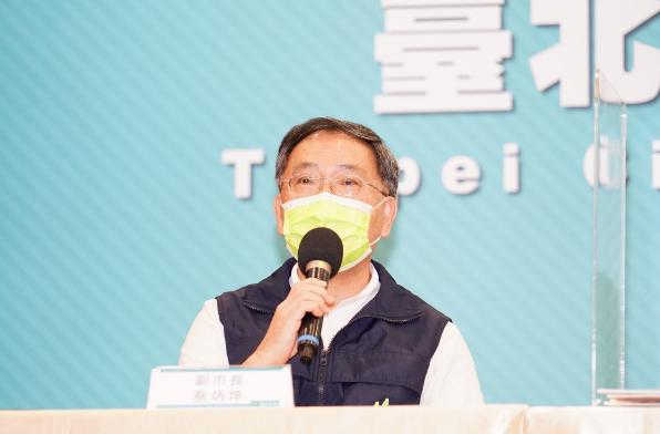 對於七萬劑莫德納疫苗快過期,台北市副市長蔡炳坤今天表示,台北市「沒有任何一劑疫苗會過期、沒有任何一劑Moderna 會被中央收回」。圖/北市府提供