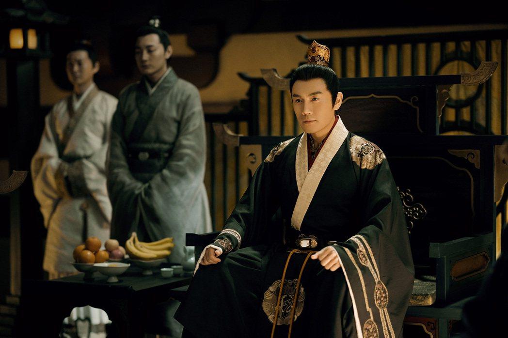 秦昊在「錦繡南歌」飾演彭城王劉義康。圖/中天娛樂台提供