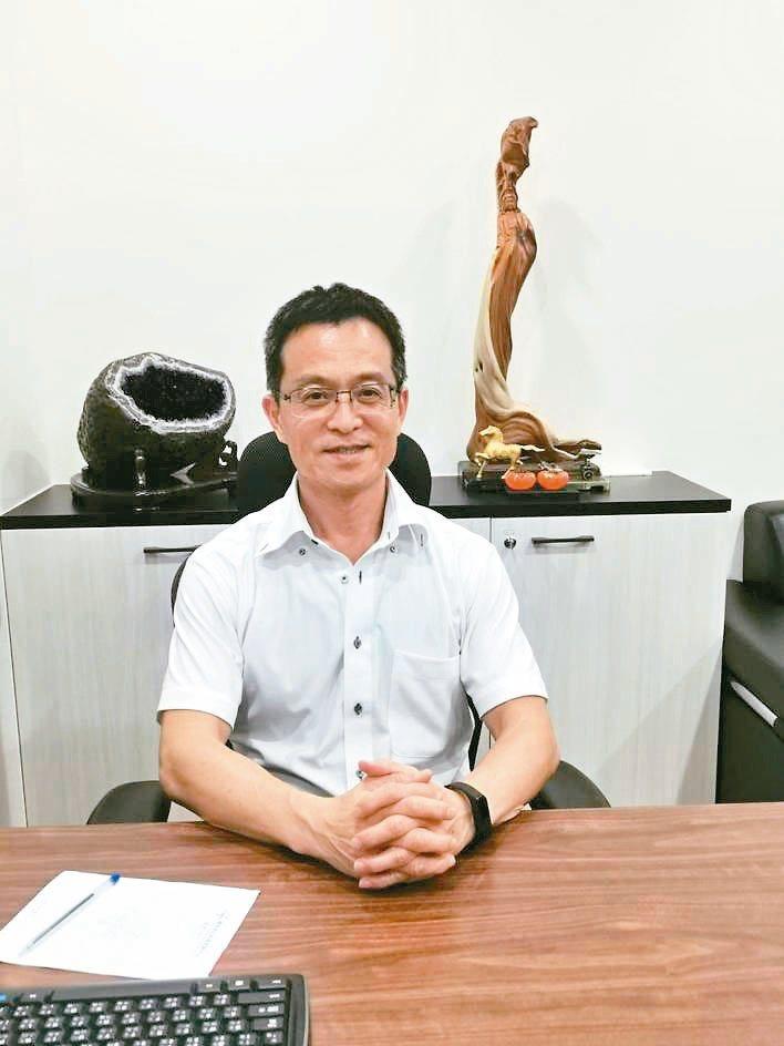 南力電力董事長黃坤元。翁永全/攝影