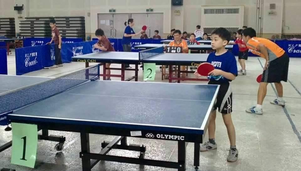 林昀儒是宜蘭子弟,9歲時參加宜蘭桌球比賽就抱走冠軍,可愛萌照讓網友大讚可愛,小小...