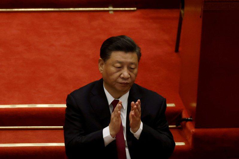 英國金融時報報導,美國總統拜登上台半年來對中國大陸態度強硬,不過並無跡象顯示大陸國家主席習近平因此改變行為。(路透)