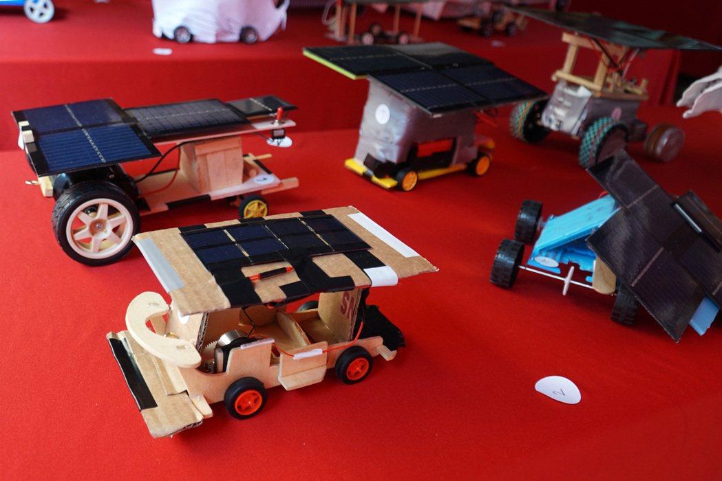 機械系舉辦全國高中高職迷你太陽能車競賽,每年都吸引許多高中職學生參加。 大葉大學...
