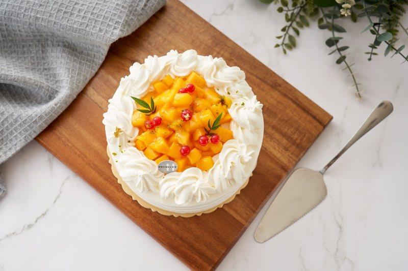鮮芒果蛋糕。6吋750元,8吋1,100元。 台北福華/提供