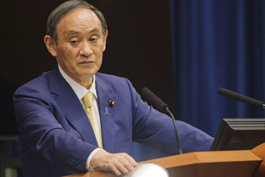 在一項最新、由日本經濟新聞和東京電視台的聯合調查中,日本首相菅義偉的支持率與六月...