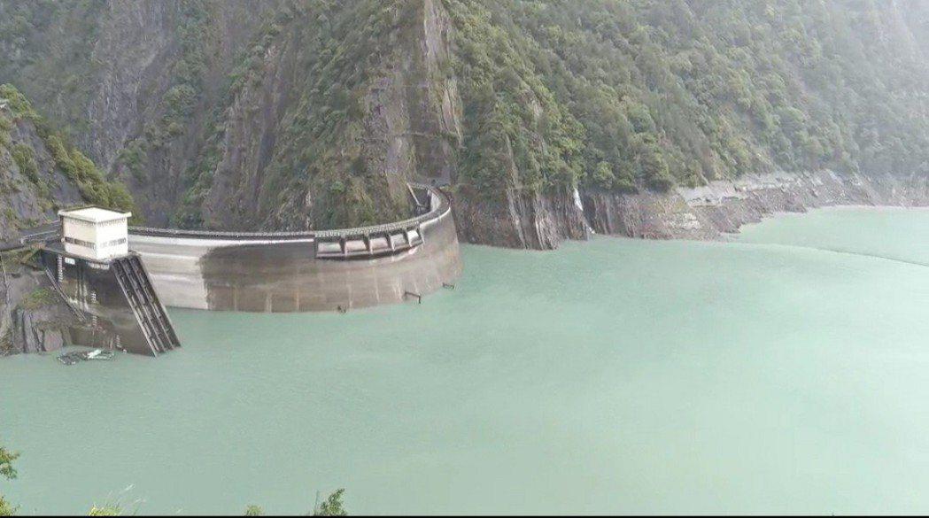德基水庫持續有水量進帳。圖/民眾提供
