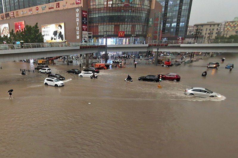 河南多地連日暴雨成災。美聯社