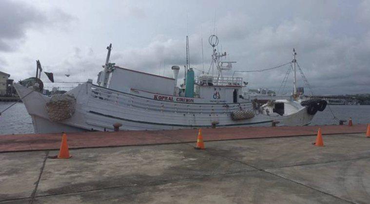 屏東籍祥安號漁船涉嫌7月19日被查獲走私外籍移工。本報資料照片