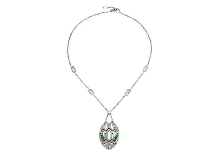 BVLGARI Serpenti Eyes On me鑽石與祖母綠項鍊,116萬...