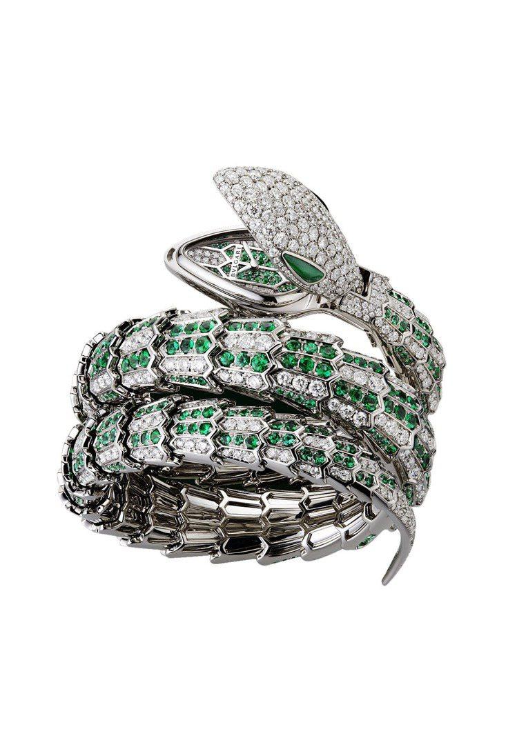 BVLGARI Serpenti 系列頂級神秘珠寶表,1389萬8,000元。圖...