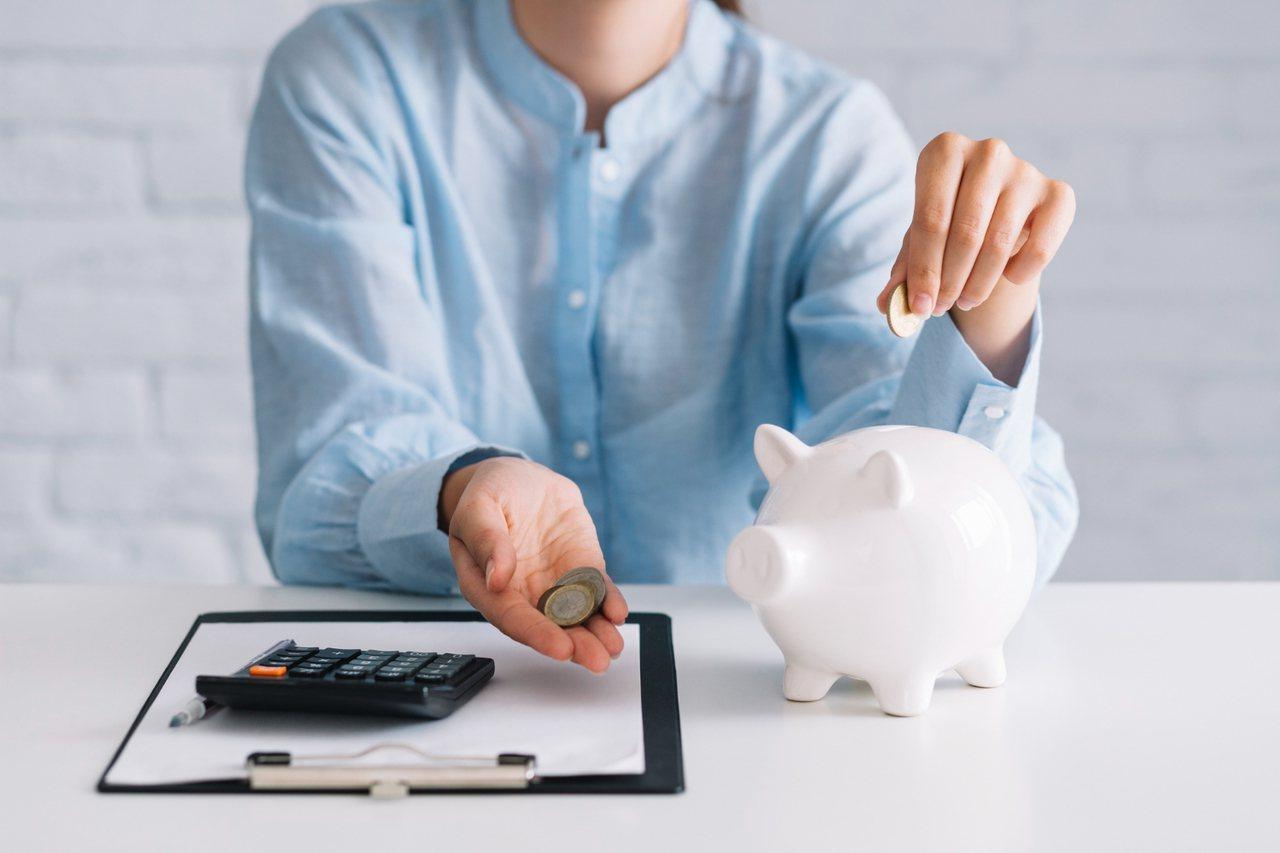 「金錢觀」與「價值觀」本質的建立,讓子女在既有、固定的頻率上,給予孩子零用錢。 ...