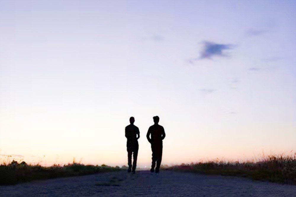 清晨與友人一起微慢跑。 圖/章旭輝 提供